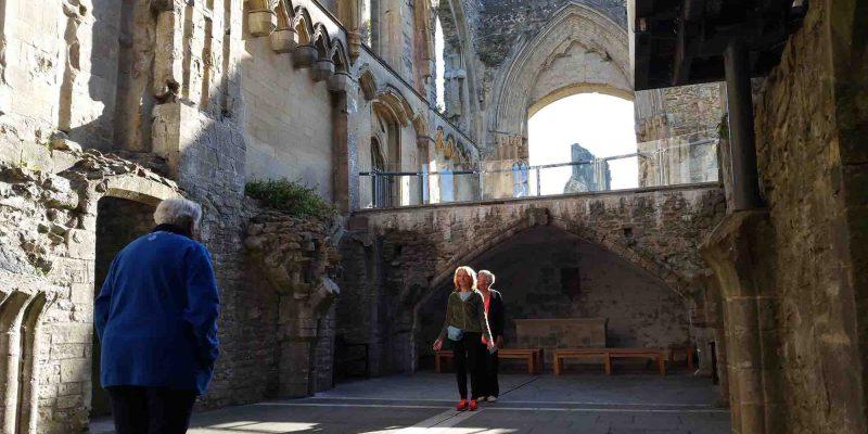 Glastonbury Abbey Lady Chapel Lichtgidsen